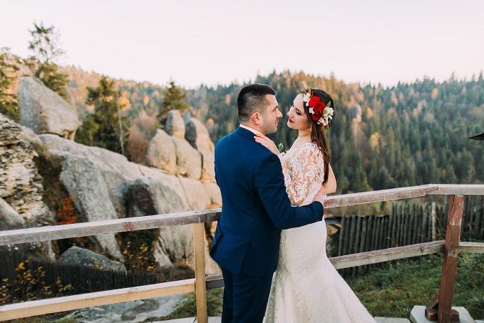 Egal wie frei geheiratet wird, eines solltet ihr wissen: Offiziell wird freie Zeremonie nicht anerkannt.(#04)