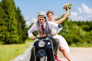 Die meisten Hochzeitvideos beginnen bei etwa 2000 € und sind nach oben offen. (#05)