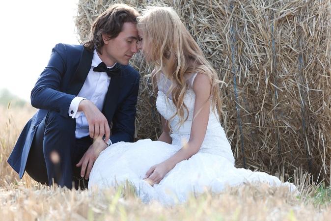 Der Anzug für den Bräutigam muss ja auch noch besorgt werden. Hier ist es aber wesentlich entspannter als beim Hochzeitskleid. (#06)