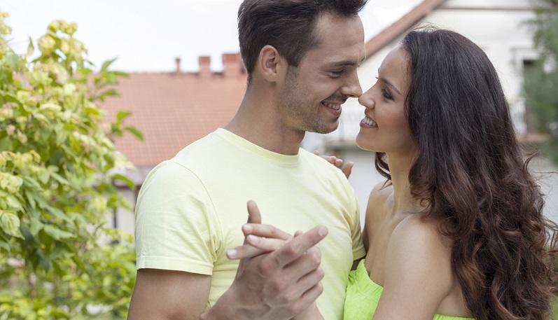 Können wir tanzen? Dies ist natürlich ein Punkt, der von jedem Brautpaar individuell entschieden wird. (#03)