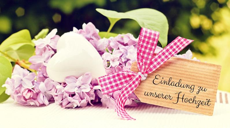 Die Hochzeitseinladung ist eine sehr gute Gelegenheit, um hier den einen oder anderen Hinweis zu hinterlassen und in diesem Zusammenhang gleich einige Vorgaben für die Hochzeit zu machen. (#03)