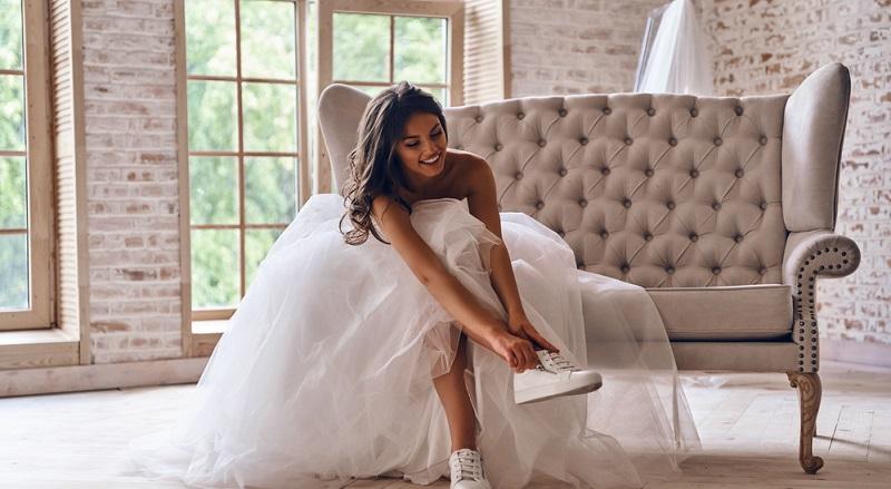 Wer es eher lässig liebt, kann zwischen schicken Ballerinas, eleganten Slippern und trendigen Sneakers wählen.