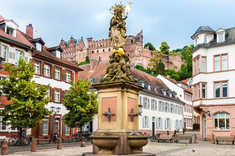 Wer die Stadt kennenlernen will, muss durch den Altstadtbereich Heidelbergs wandern.
