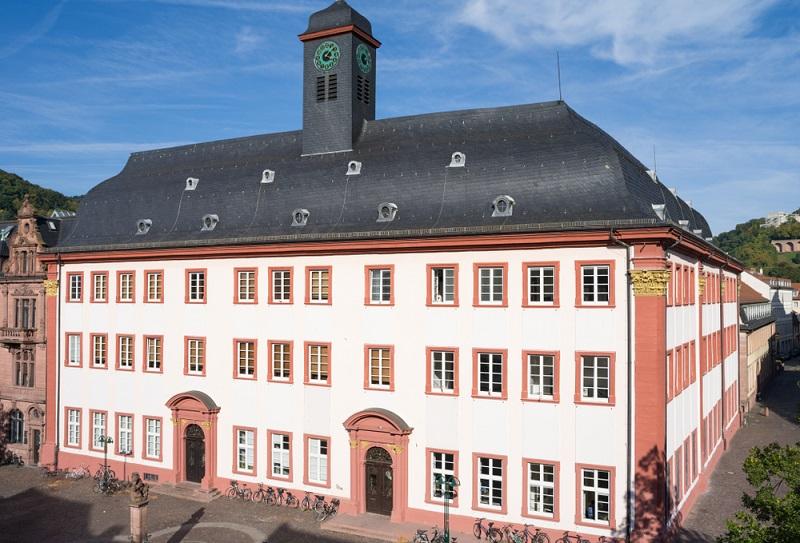 Geht es darum, alle Bilder von Heidelberg zu zeigen, so darf die Universität nicht fehlen.