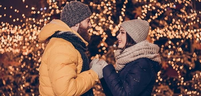 "Heiratsantrag ""Frau an Mann"": Drei Paare erzählen - und 7 Tipps, wie Du es perfekt hinkriegst (Foto: Shutterstock- Roman Samborskyi )"