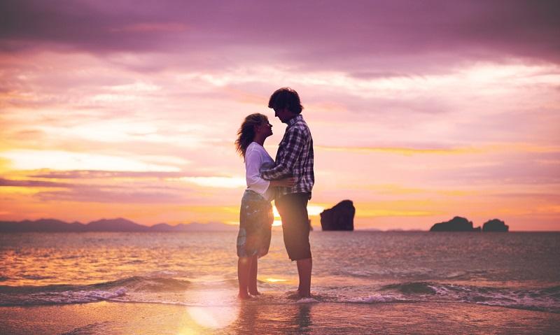 Ewige Liebe, ewige Treue, Monogamie das Leben lang, geht das wirklich? ( Foto: Shutterstock-Rawpixel.com_)
